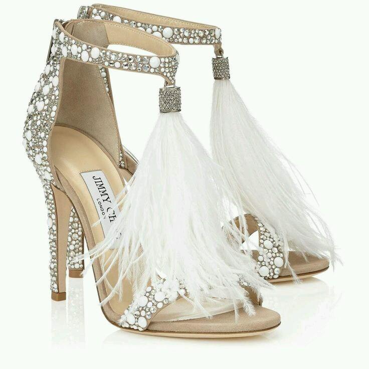 Sandalo gioiello per serate speciali.