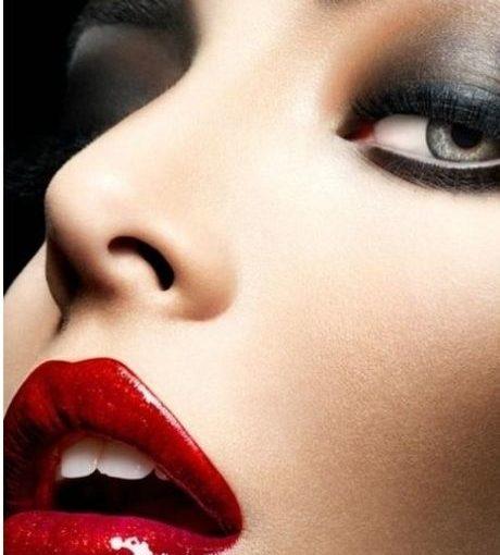 IL SALONE DI REBECCA – Day-to-night makeup