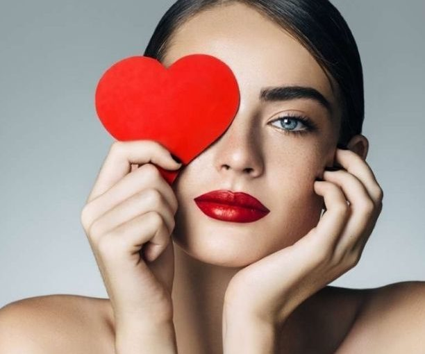 IL SALONE DI REBECCA – Che look scegliere a San Valentino?